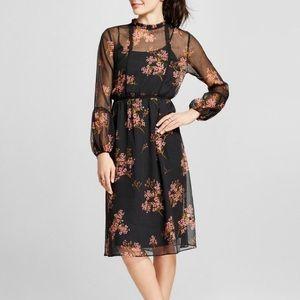 Who What Wear // Black chiffon floral dress